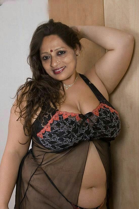Indian Models India Beauty Tops Nude Saree Lovers Bath