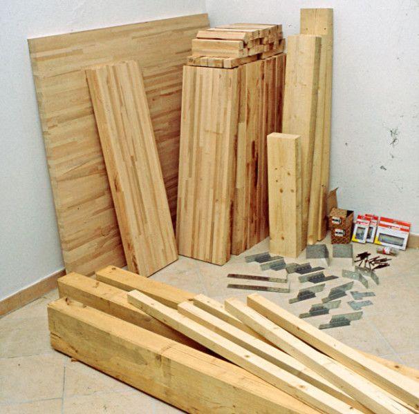 Materiale per costruire una scala in legno arredamento for Costruire una scala in legno per soppalco