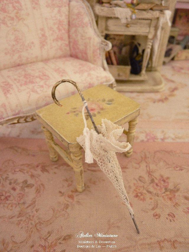 Dollhouse White Lace Umbrella 1:12 Scale Miniature Decor Accessories