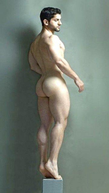 gay beau mec nu sous la douche