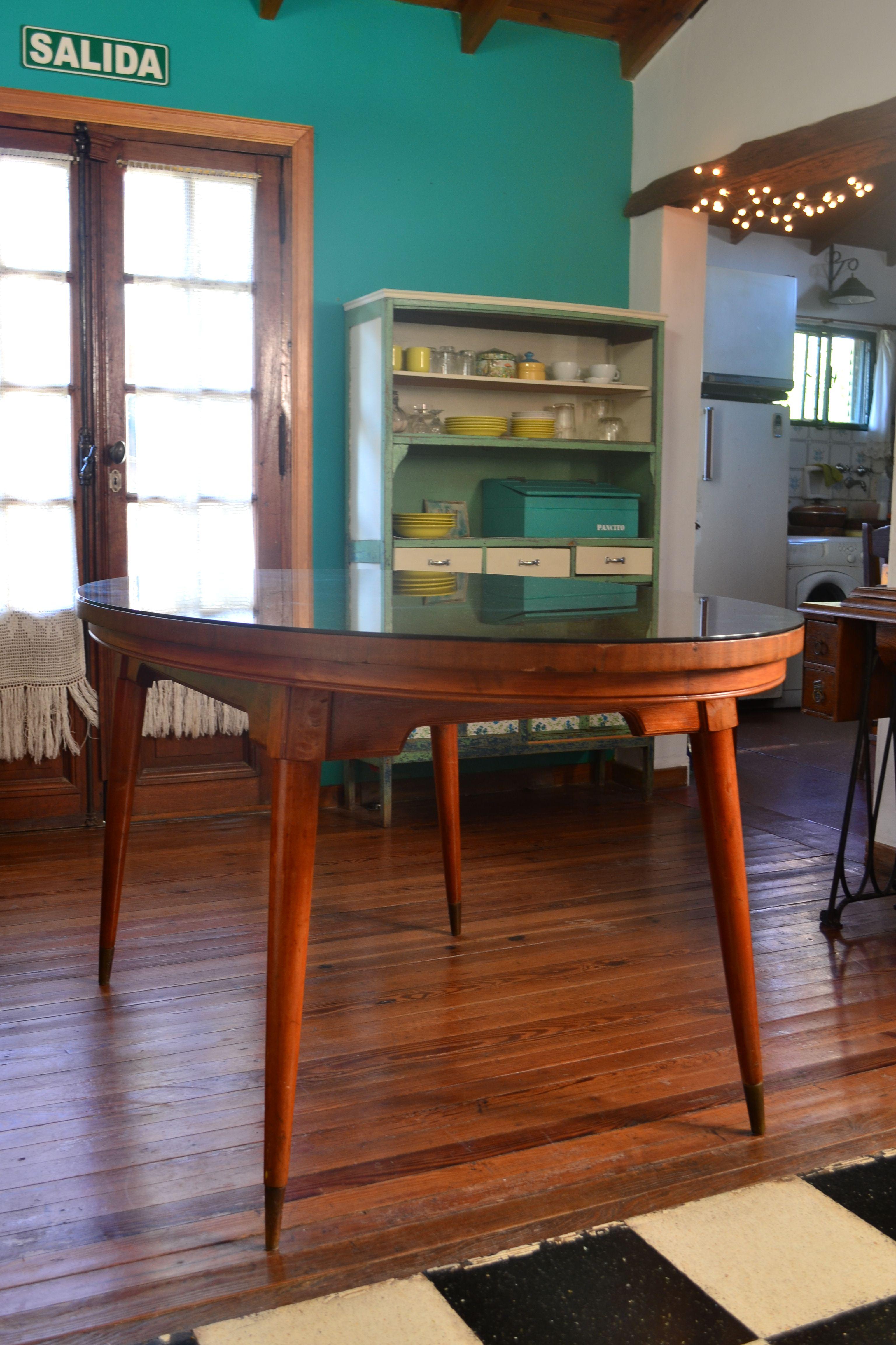 Bellísima mesa americana oval Disponible en nuestra tienda!