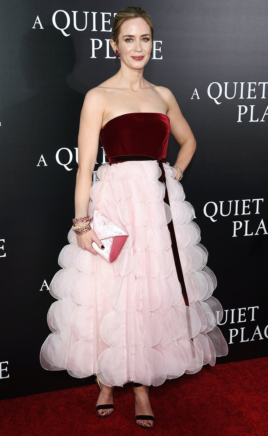 af080cf9741c Emily Blunt Is Pretty in Pink - and More Red Carpet Outfits You Have ...