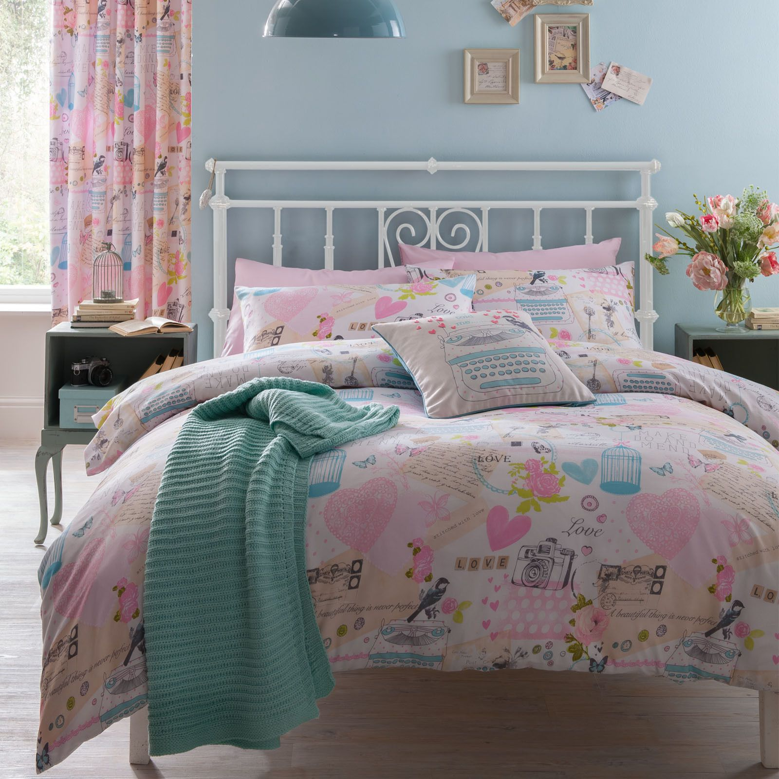 Catherine Lansfield Vintage Collage Pink Hearts Duvet Quilt Cover