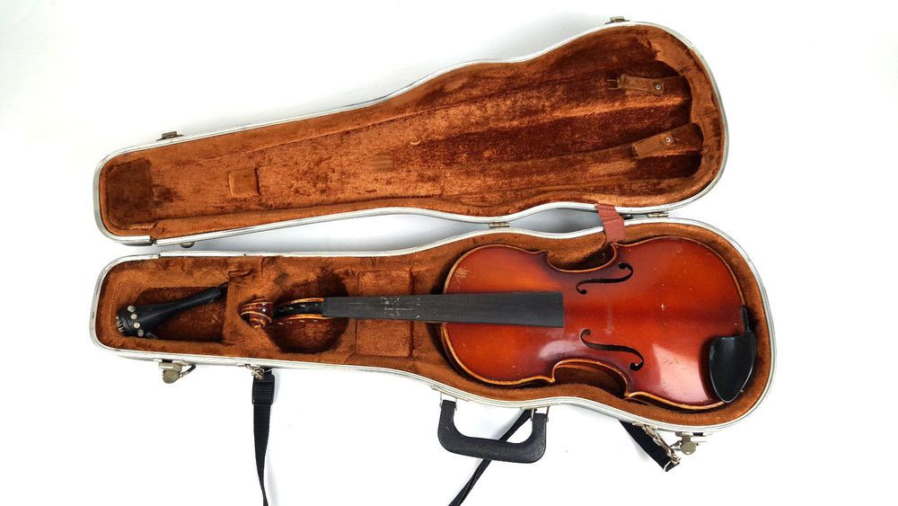 E R Pfretzschner 1982 4 4 Violin With Case As Is For Parts Erpfretzschner With Images Violin Musical Instruments Ebay