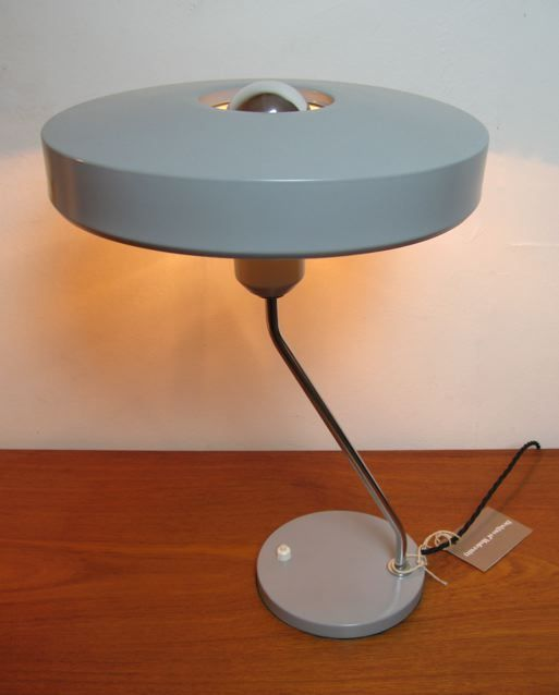 Dutch bent stem desk lamp designed by Louis Kalff for Philips