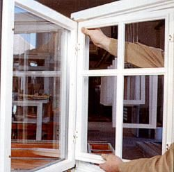 Einfach bei der Montage auf Ihrem Fensterflügel - Aufsatzsprossenrahmen (ASR)…