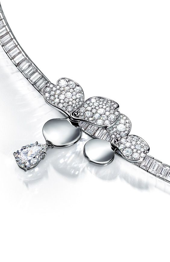 28d24cea7a97 Tiffany Paper Flowers™ necklace in platinum with diamonds.