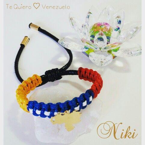 eebec6bf2e90 Pulseras de Venezuela. Colección Te Quiero ♡ Venezuela. Diseños exclusivos  de Niki Diseños. Instagram   nikidisenosapc - Twitter   nikidisenosapc ...