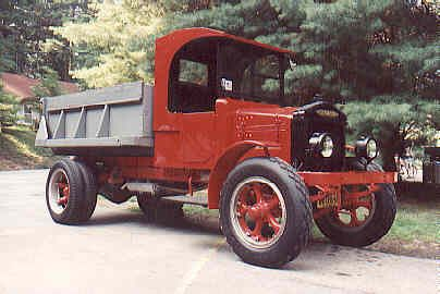 1927 Truck Trucks Big Trucks Old Gas Stations