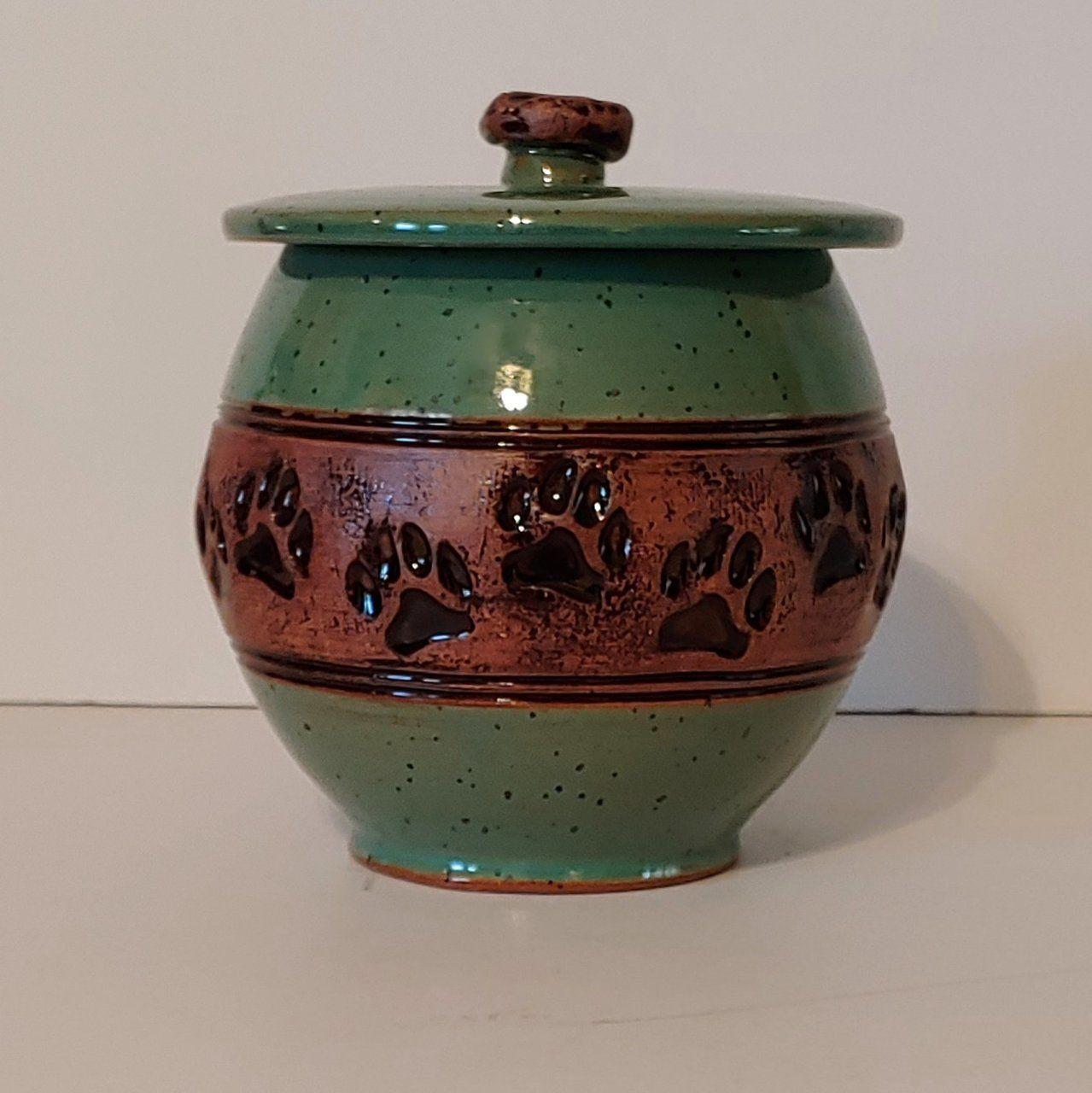 """""""Paws"""" green ceramic pet urn Pet urns, Dog urns, Ceramics"""