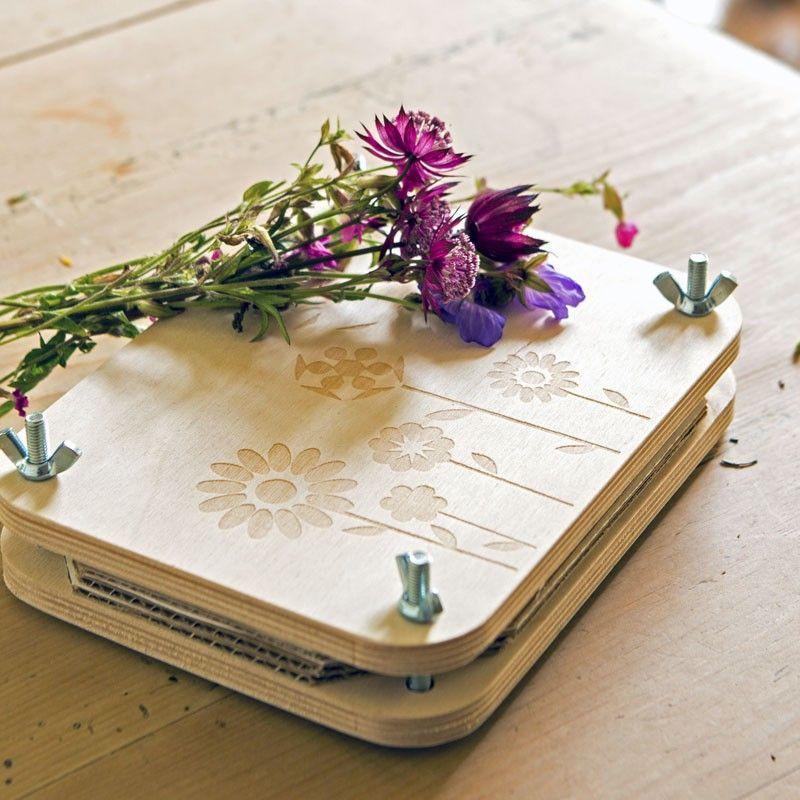 Flower Press A lovely gift for pressing flowers