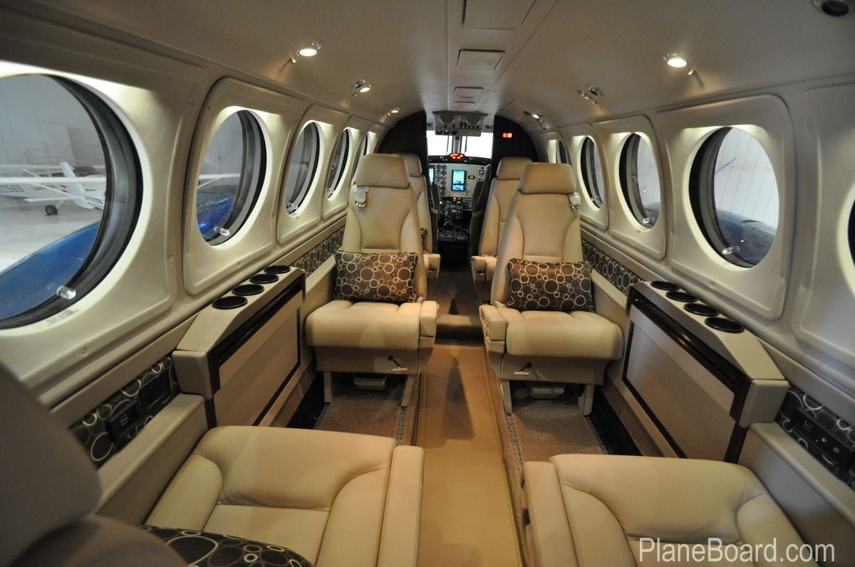 1997 Beechcraft King Air B200 interior Luxury private