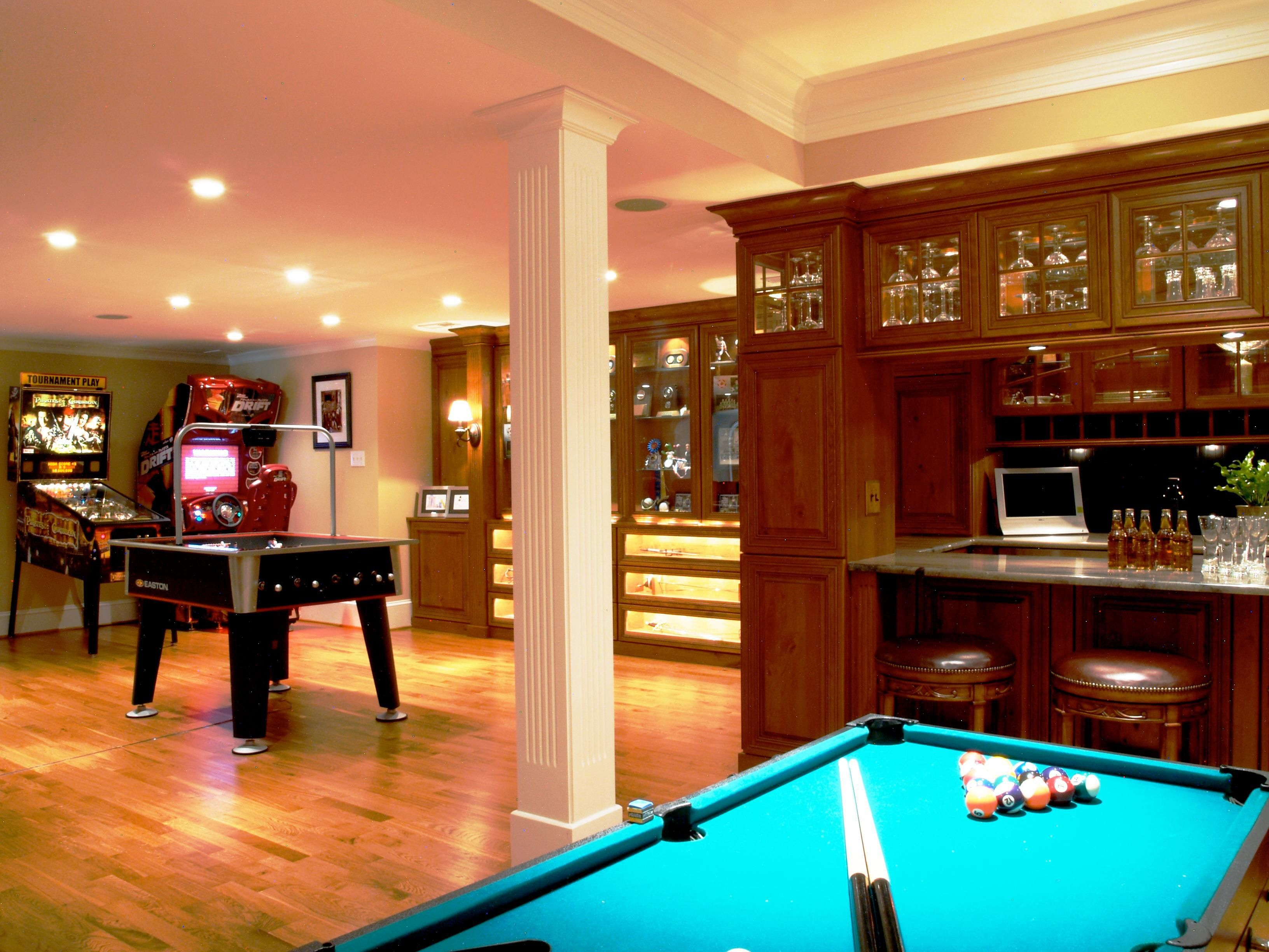 If you have a game room or recreation area in your home, it's important to have good lighting. Game Room Ideas for Teens | Small room design, Game room ...