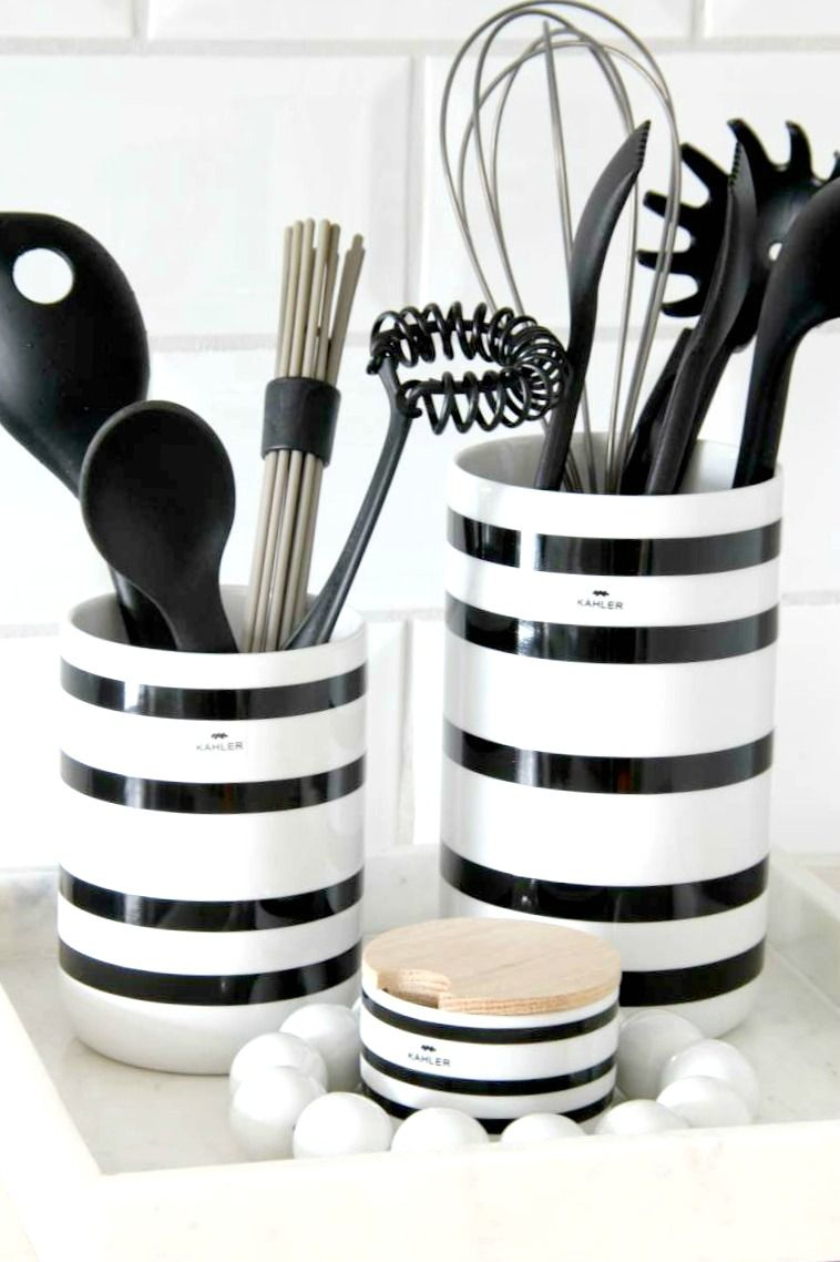 Striper Pa Kjokkenet White Kitchen Decor Accessories