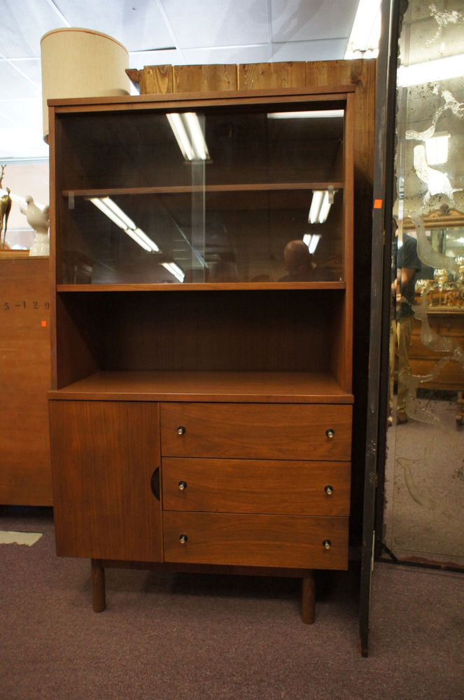 Mid Century Modern China Hutch Cabinet Sliding Glass Doors Drawers By Stanley