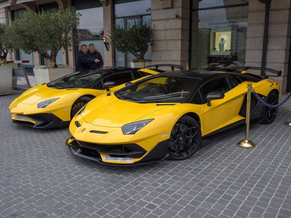 Lamborghini Aventador SV Roadster and SVJ Coupe [OC