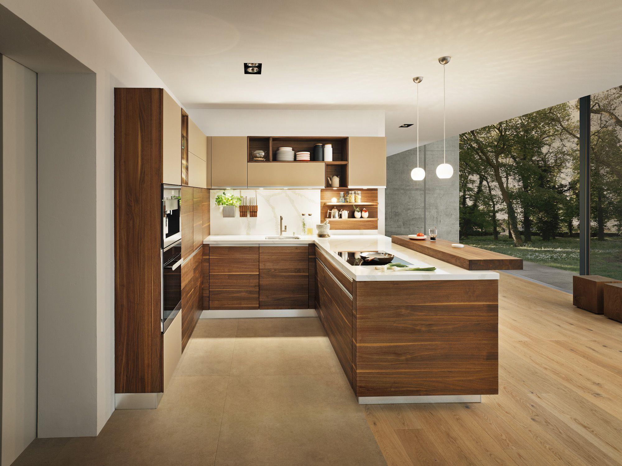 Küche Nussbaum massiv geölt grifflos