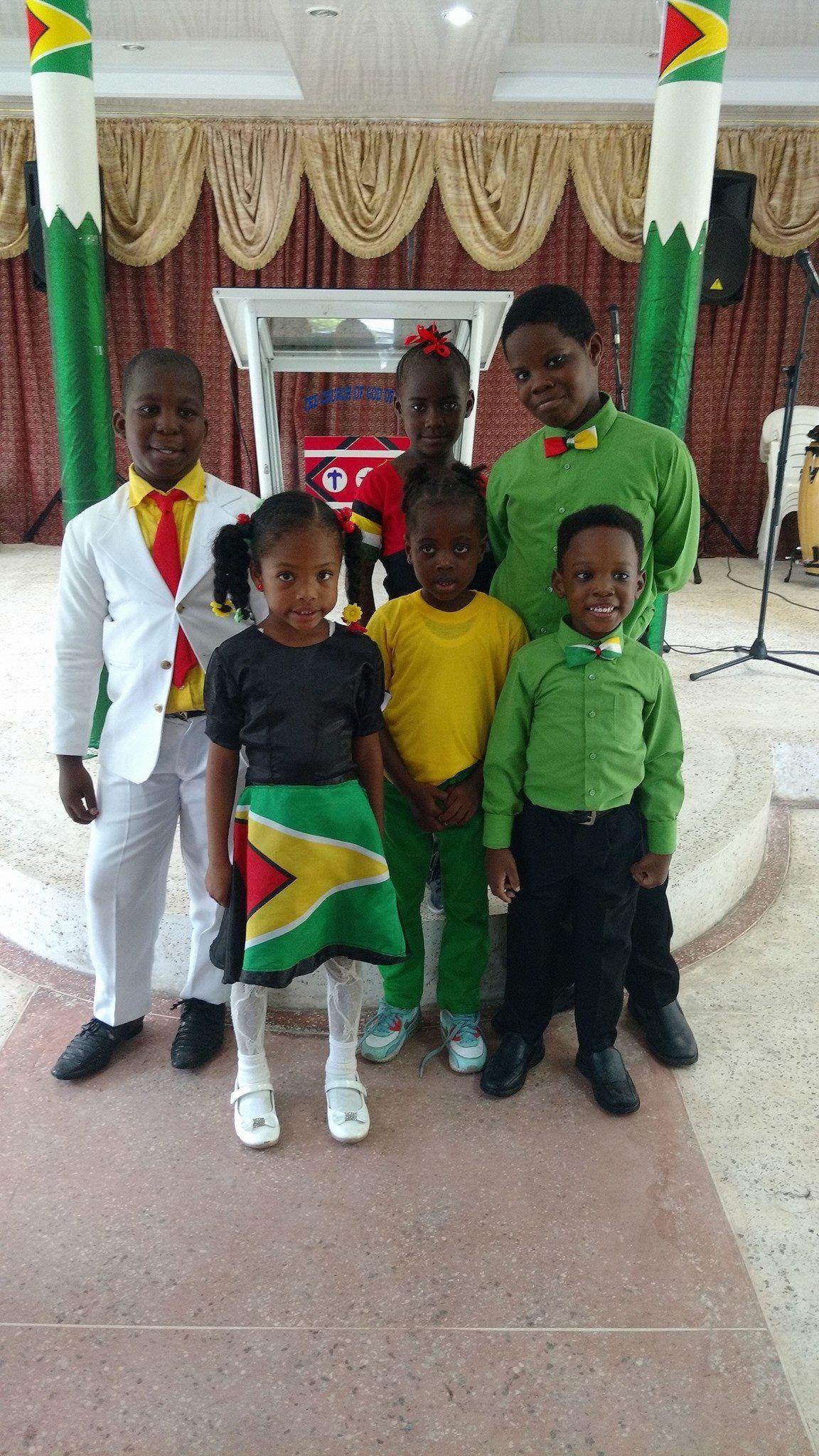 Guyana 🇬🇾 Flag outfit Jamaica outfits, Guyana flag, Flag