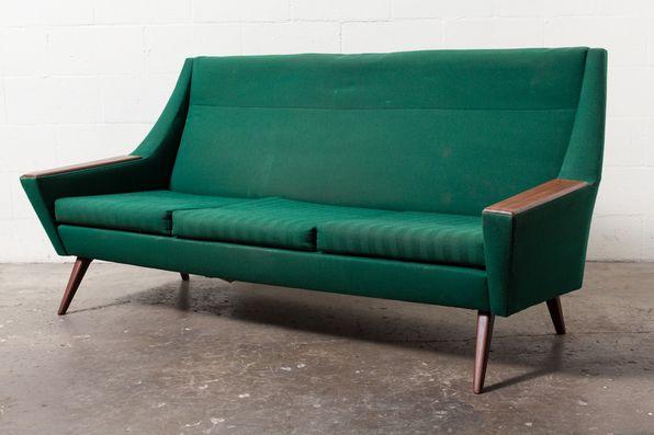 Retro Sofa Upholstered Sofa Set With Wood Arm Rests Upholstered Sofa Retro Sofa Modern Style Furniture