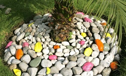Como Hacer Jardines Pequenos Con Piedras De Colores O Rockolors Jardines Rusticos Como Hacer Jardines Jardines