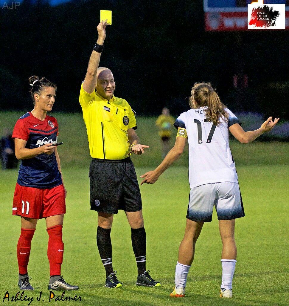 Tobin Heath Ali Krieger 05 07 16 Tobin Yellow Card Women S Soccer Soccer Finals Women S Soccer Team