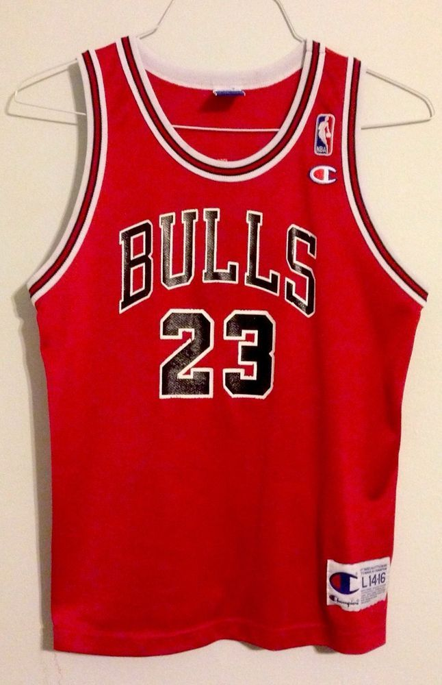 Vtg YOUTH LRG 14 16 CHAMPION CHICAGO BULLS  23 MICHAEL JORDAN NBA JERSEY  Replica  Champion  ChicagoBulls e00cace91