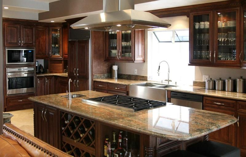 20 Beautiful Kitchens With Dark Kitchen Cabinets For The Home