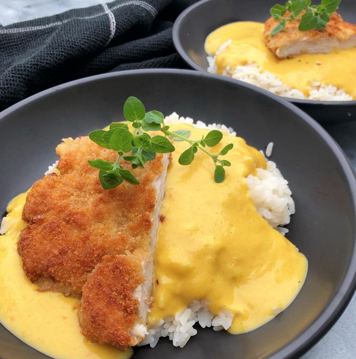 Chicken Katsu Sprod Paneret Kylling Med Karrysovs Mummum Dk Opskrift Madopskrifter Sund Aftensmad Aftensmad
