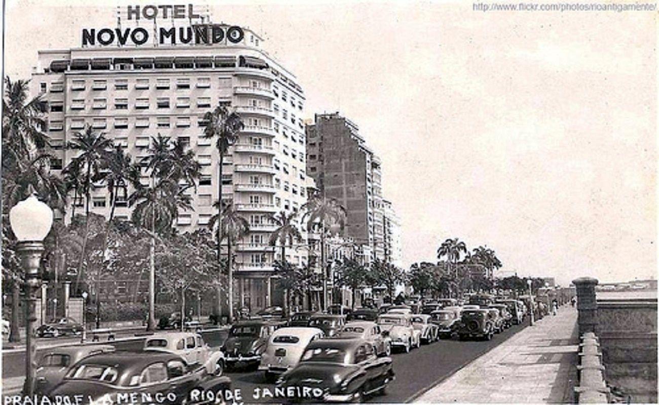 Praia do Flamengo, anos 50. http://www.flickriver.com/photos/rioantigamente/popular-interesting/
