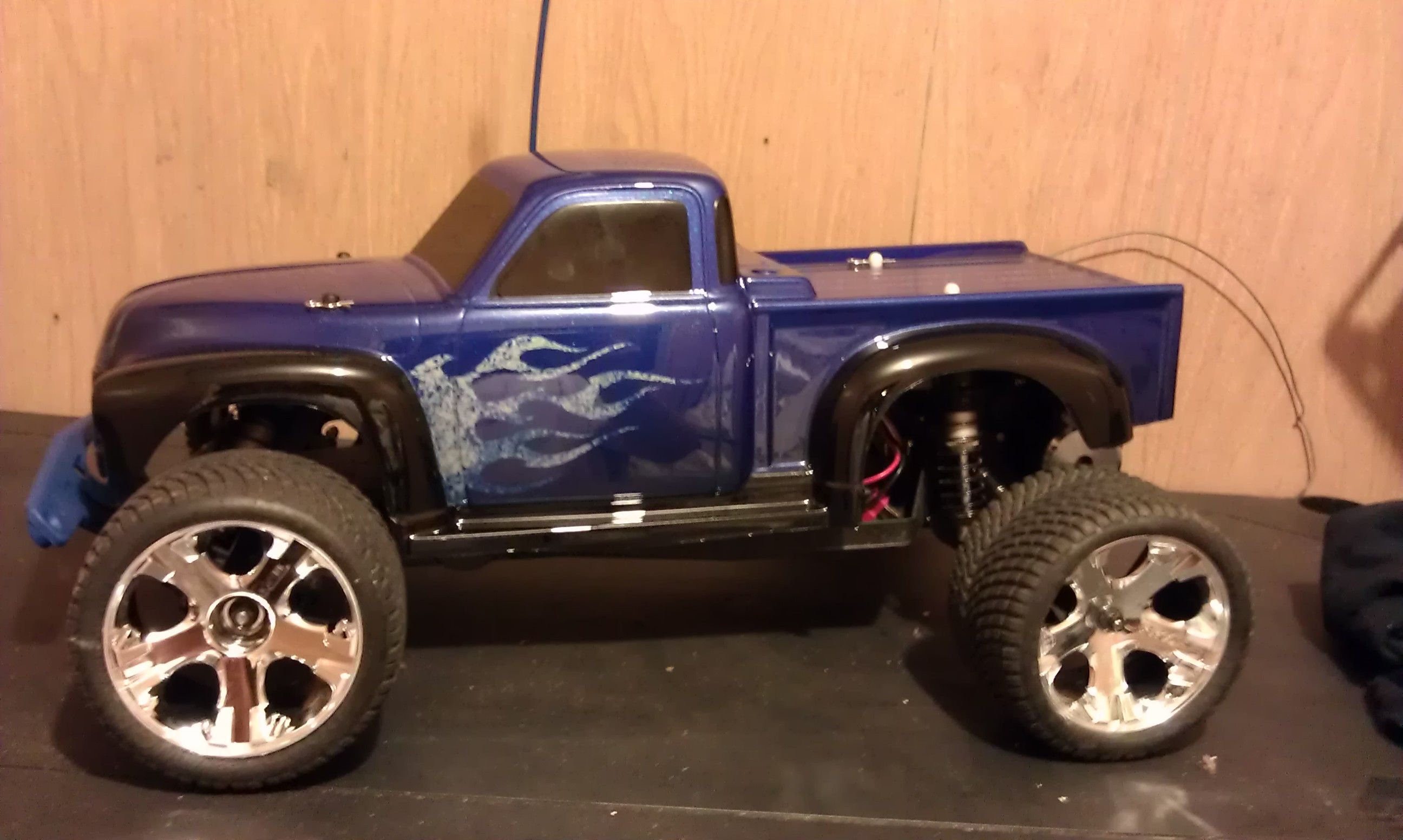 How have you painted ur Rustler body Traxxas Rustler & Bandit
