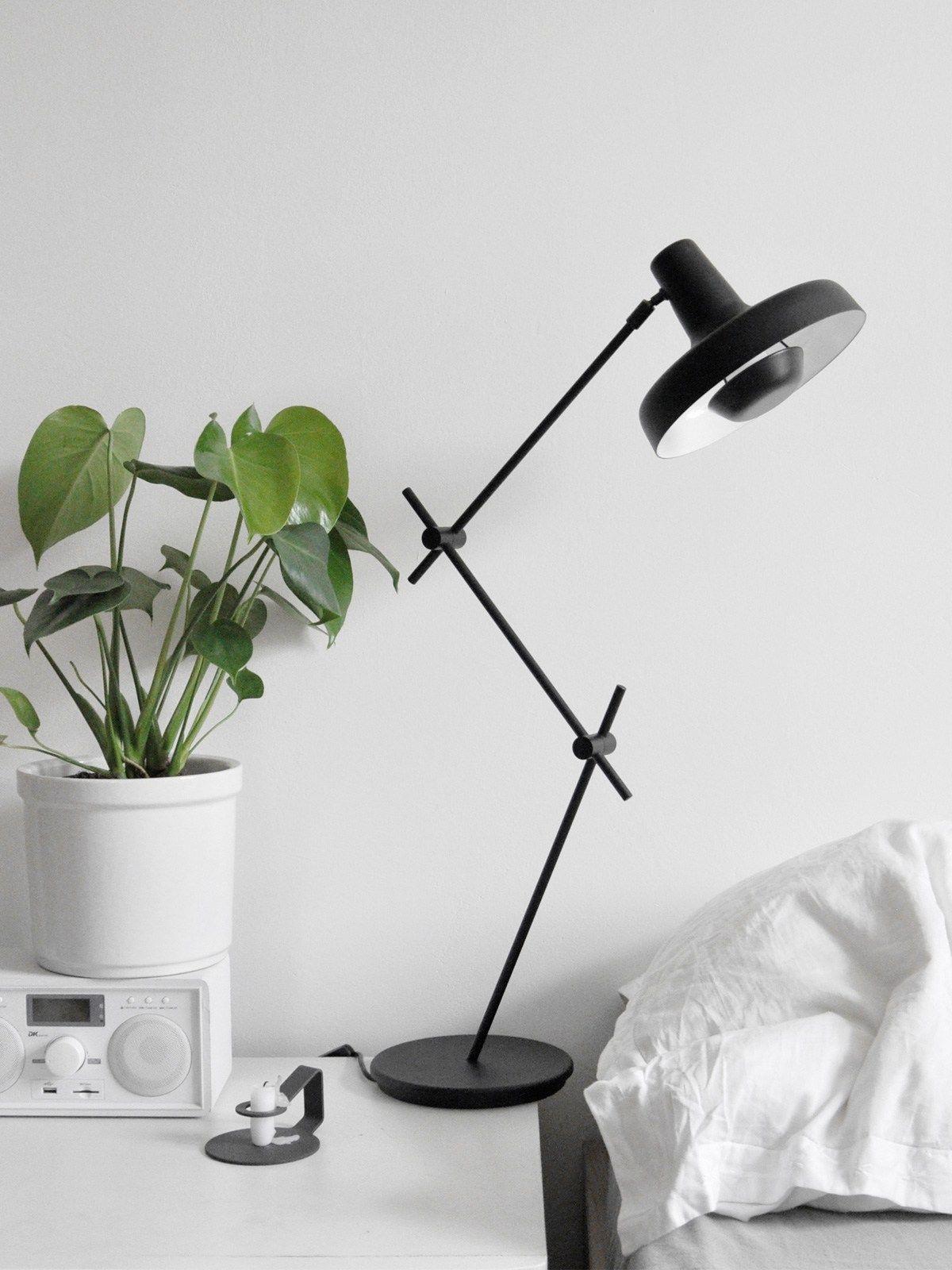Jahresruckblick 2018 Moderne Lampen Runder Burotisch Tischlampen