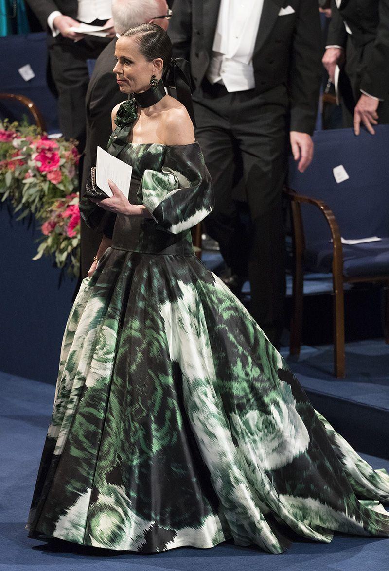 2f607e97d664 Pär Engsheden - Sara Danius Nobel 2016   FASHION   Dresses, Fashion ...