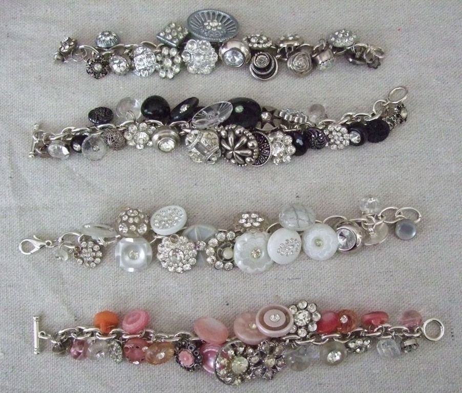 a bracelet made with vintage buttons, rings, and beads. Too cute! Added to the growing list of things i want to make