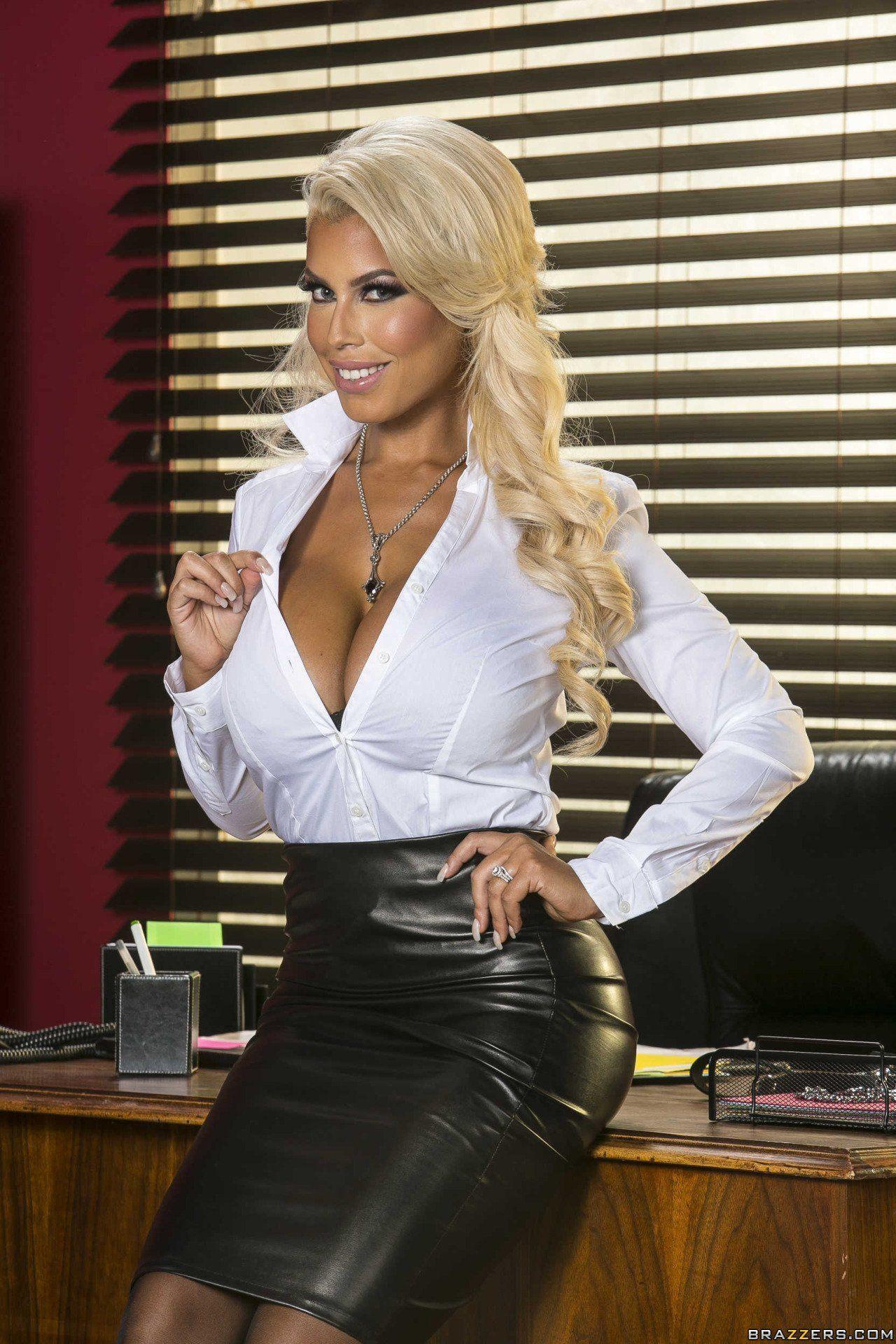 Big boobs tight blouse