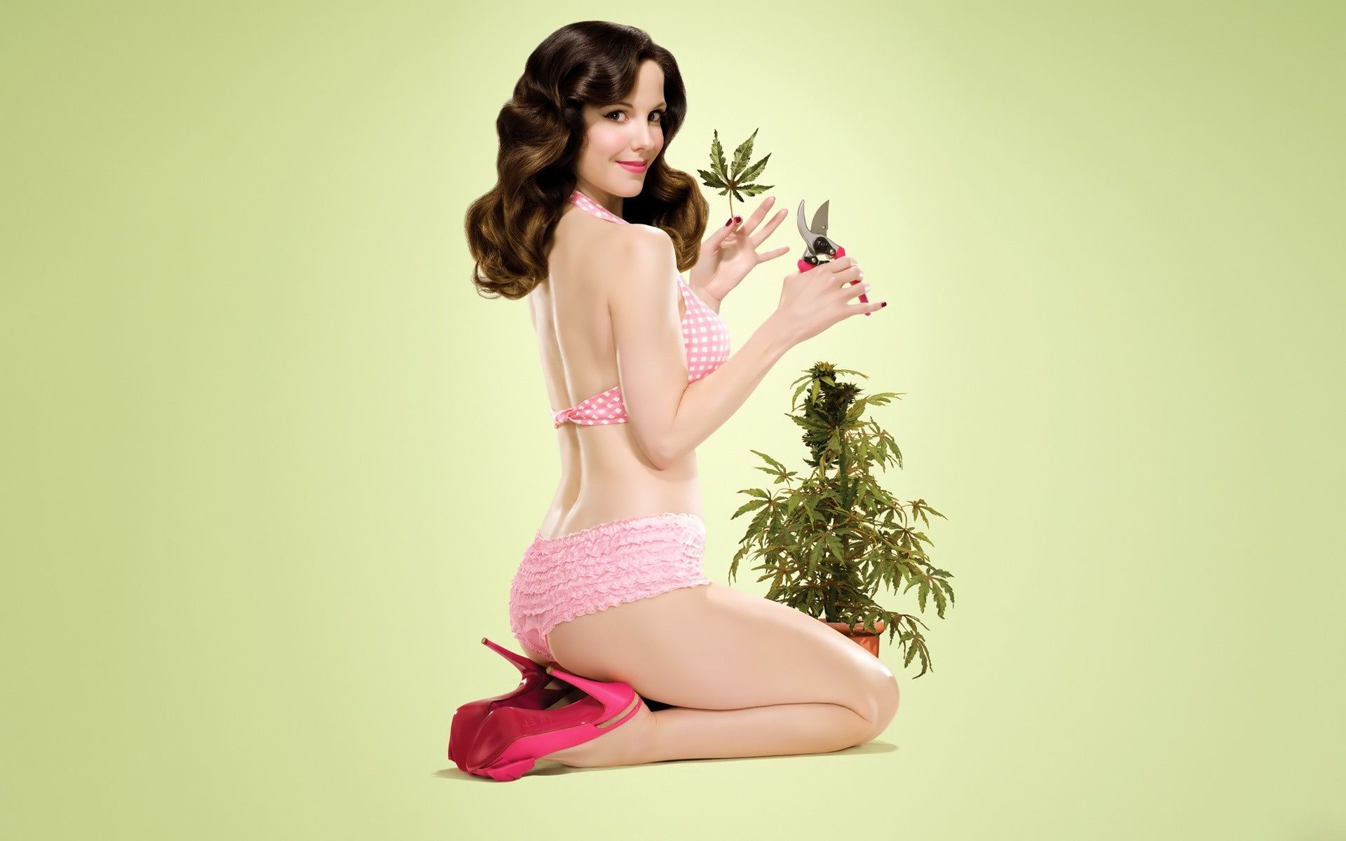 Image Result For Weed Girl 4 20 Pinterest Mary Louise Parker