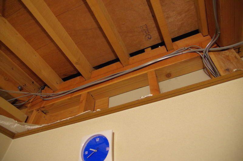 天井の解体時に丁寧に処理すべき箇所と ぶち抜くと天井裏の壁面補修が