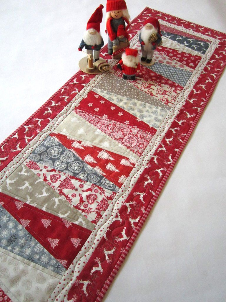 Christmas Table Runner With Scandinavian Accent Quilted Table Runners Patterns Quilted Table Runners Christmas Table Runner Pattern