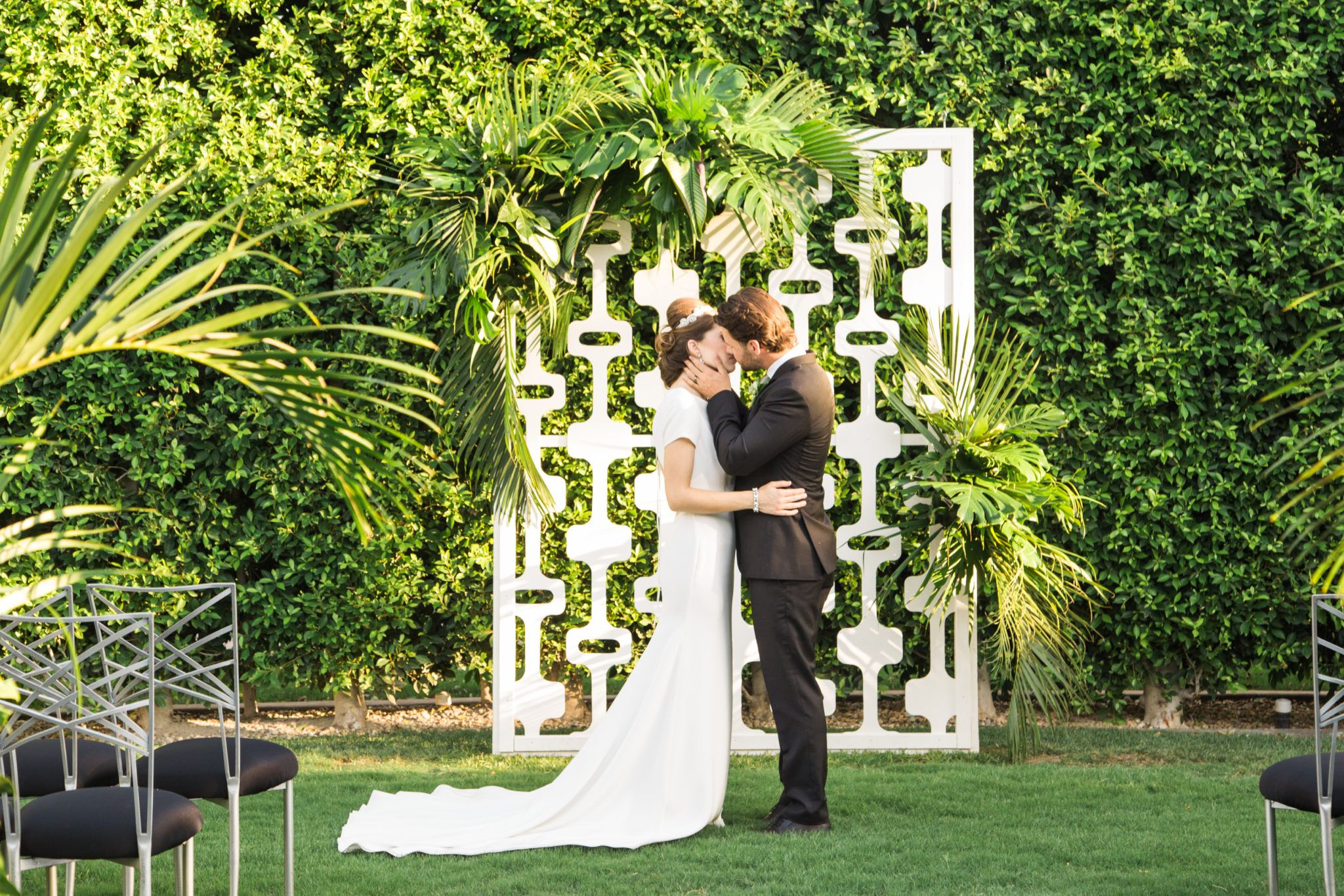 Go Together By Stunning Desert Wall Views The Palm Springs Wedding Chapel Is The Per Palm Springs Wedding Venues Romantic Wedding Venue
