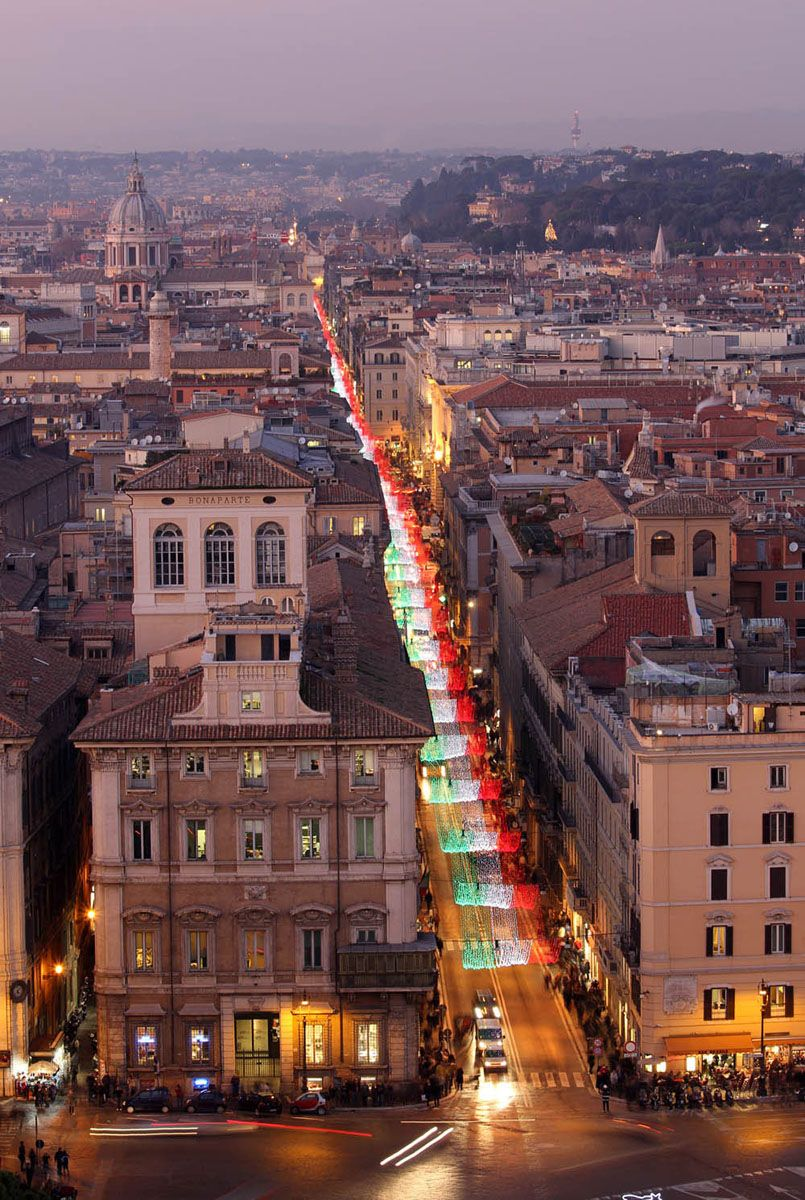 Via del corso rome lazio italy eternal rome italy for Be italia