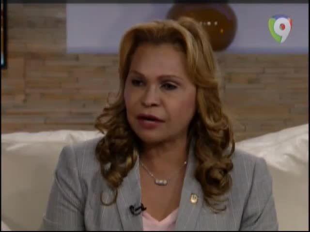 """Senadora Sonia Mateo: """"Desde Que Danilo Llego Al Poder Lo Que Han Hecho Es Intentar Acabar Con Leonel Fernández"""" #Video"""