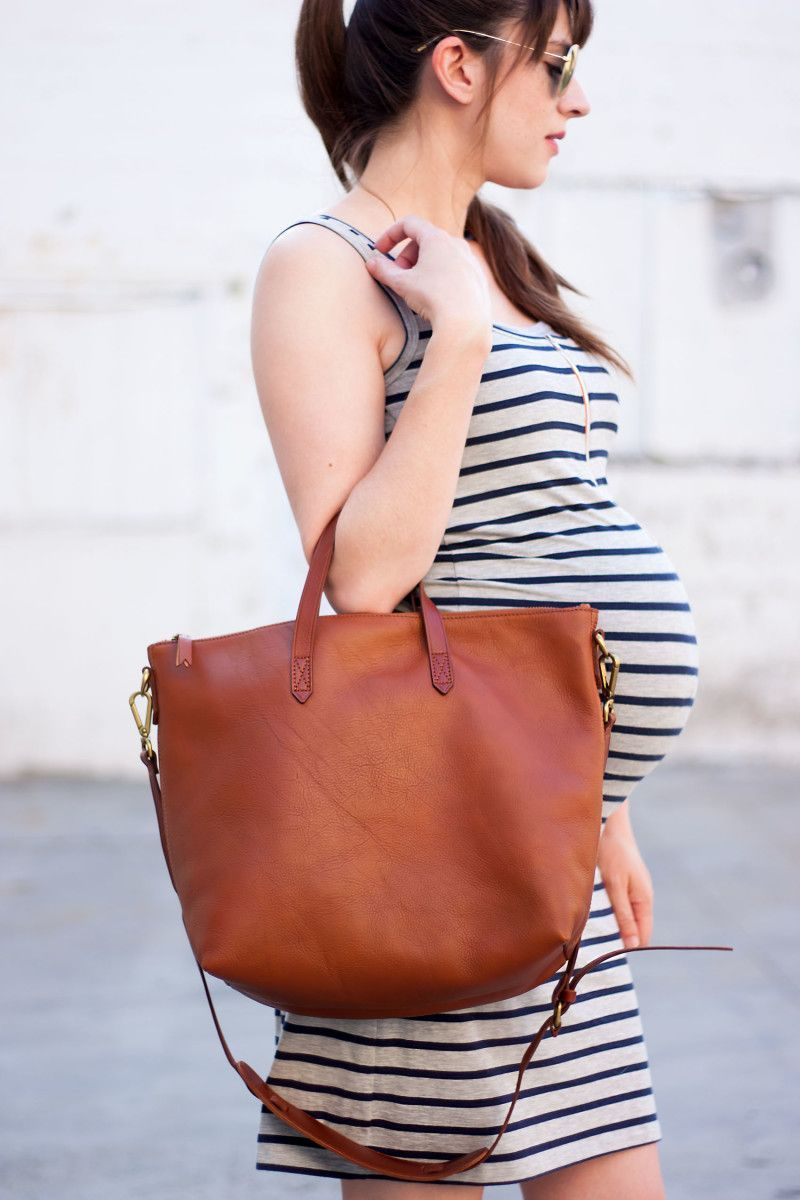 Pregnant Fashion Blogger with Madewell Transport Tote 04d152695fa7