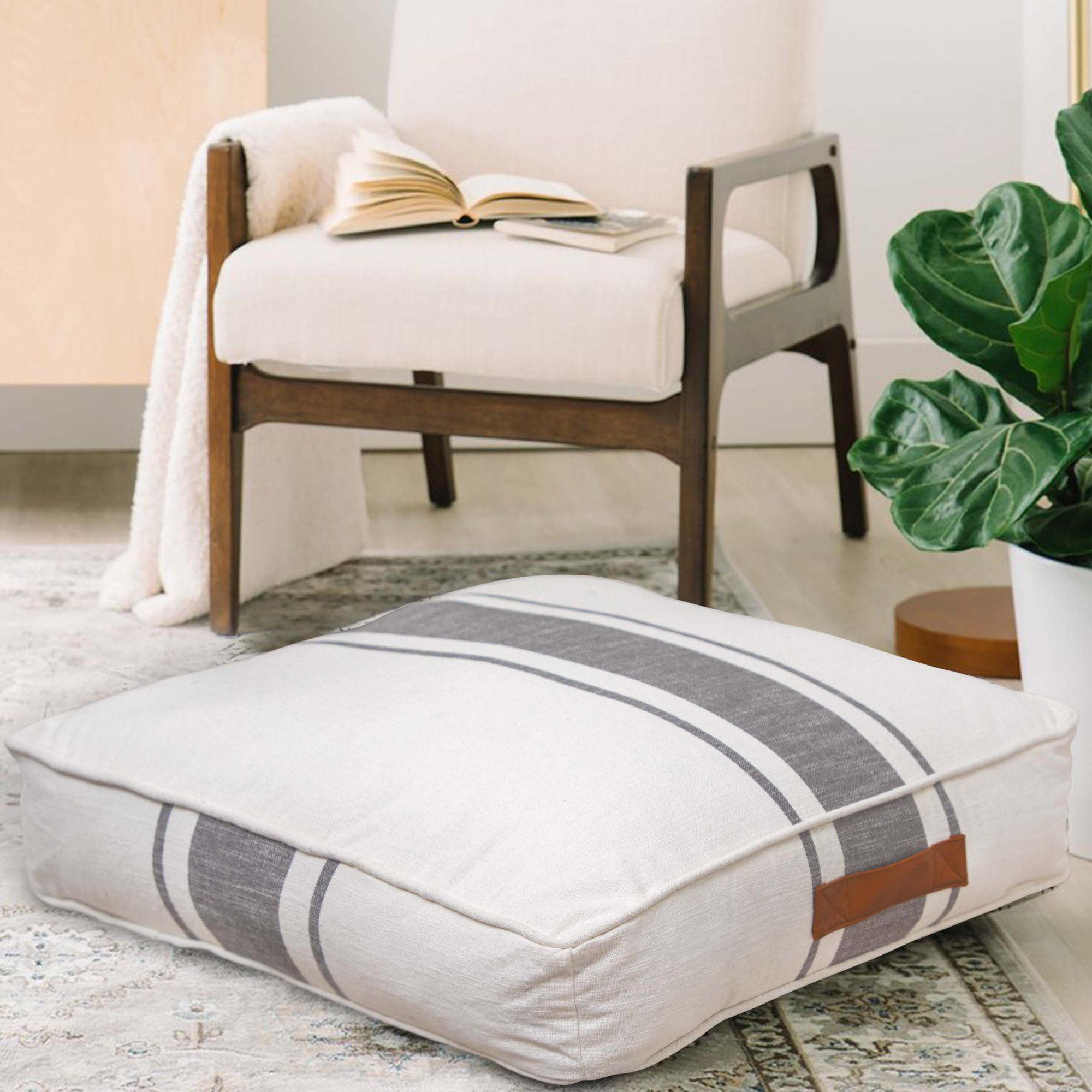 Better Homes Gardens Yarn Dyed Floor Pillow White And Gray Center Stripes 24 X 24 Walmart Com In 2021 Floor Pillows Square Floor Pillows Striped Floor Pillows [ 2000 x 2000 Pixel ]