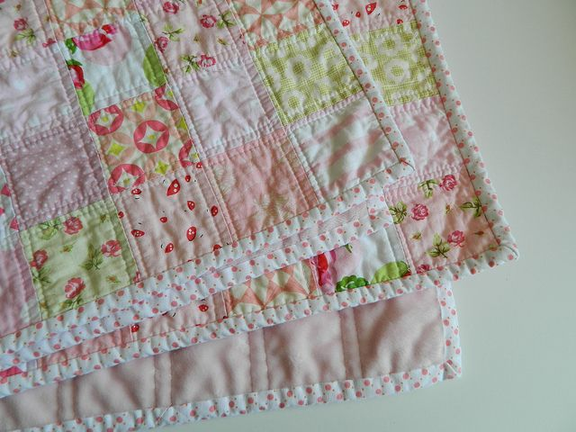 pretty in pink {baby quilt} | Flickr - Photo Sharing!