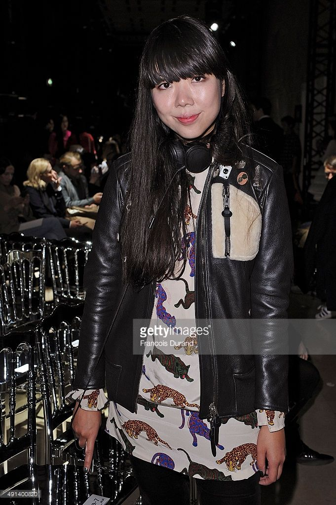 Susie Lau attends the Sacai show as part of the Paris Fashion Week Womenswear Spring/Summer 2016 on October 5, 2015 in Paris, France. #susiebubble #stylebubble