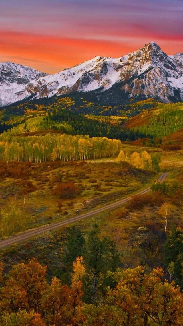 Sunrise Mountains Colorado Mt Wilson Near Telluride This Is The Road From The Airport Into Telluri Sunrise Mountain Beautiful Landscapes Beautiful Nature