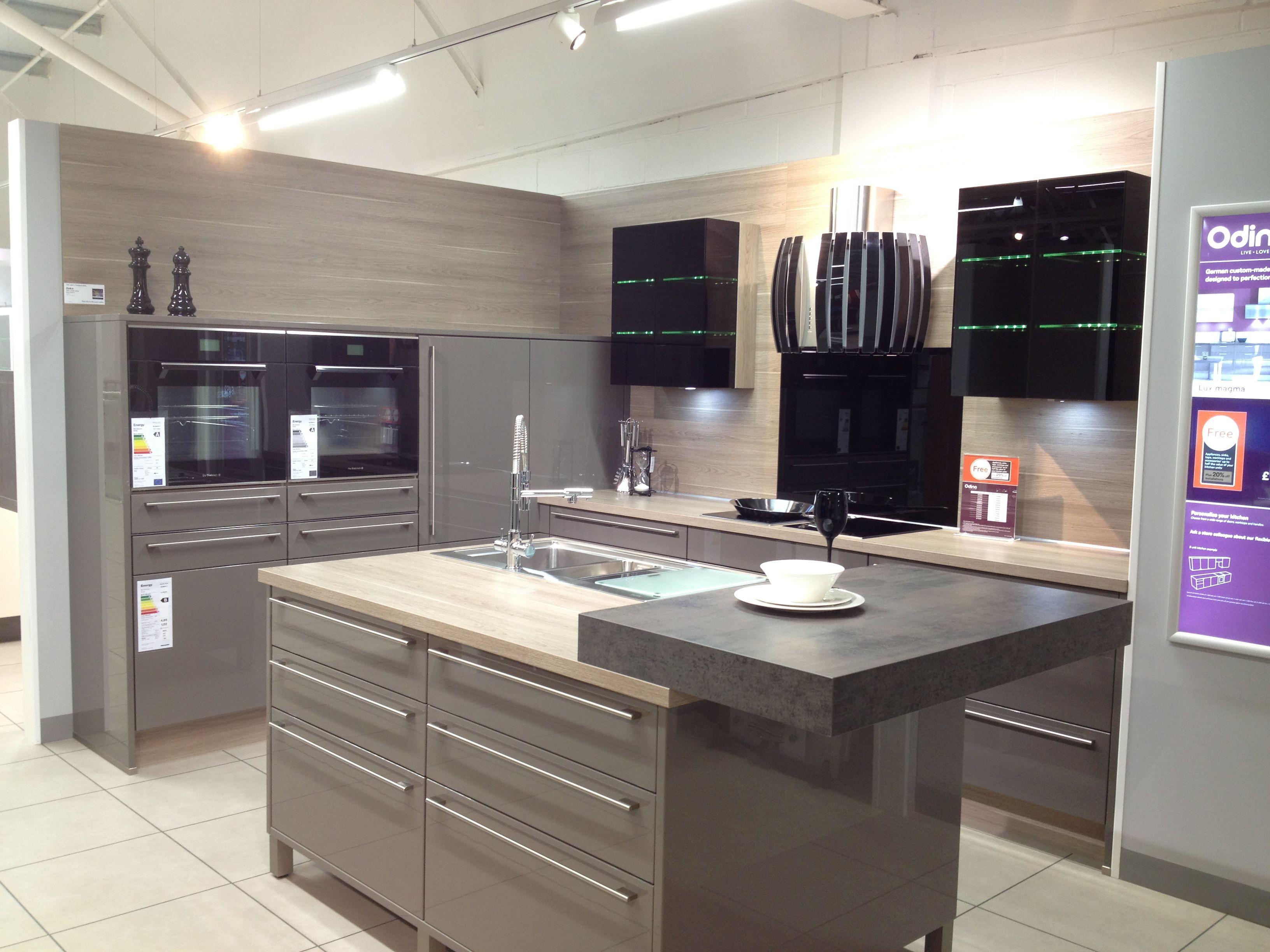 White apron homebase - Odina Kitchen Cocina Pinterest Keukens