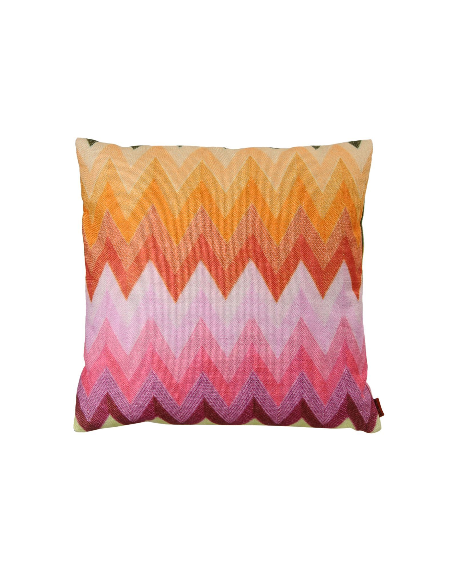 Sophisticated cushion with a shaded macro zigzag design