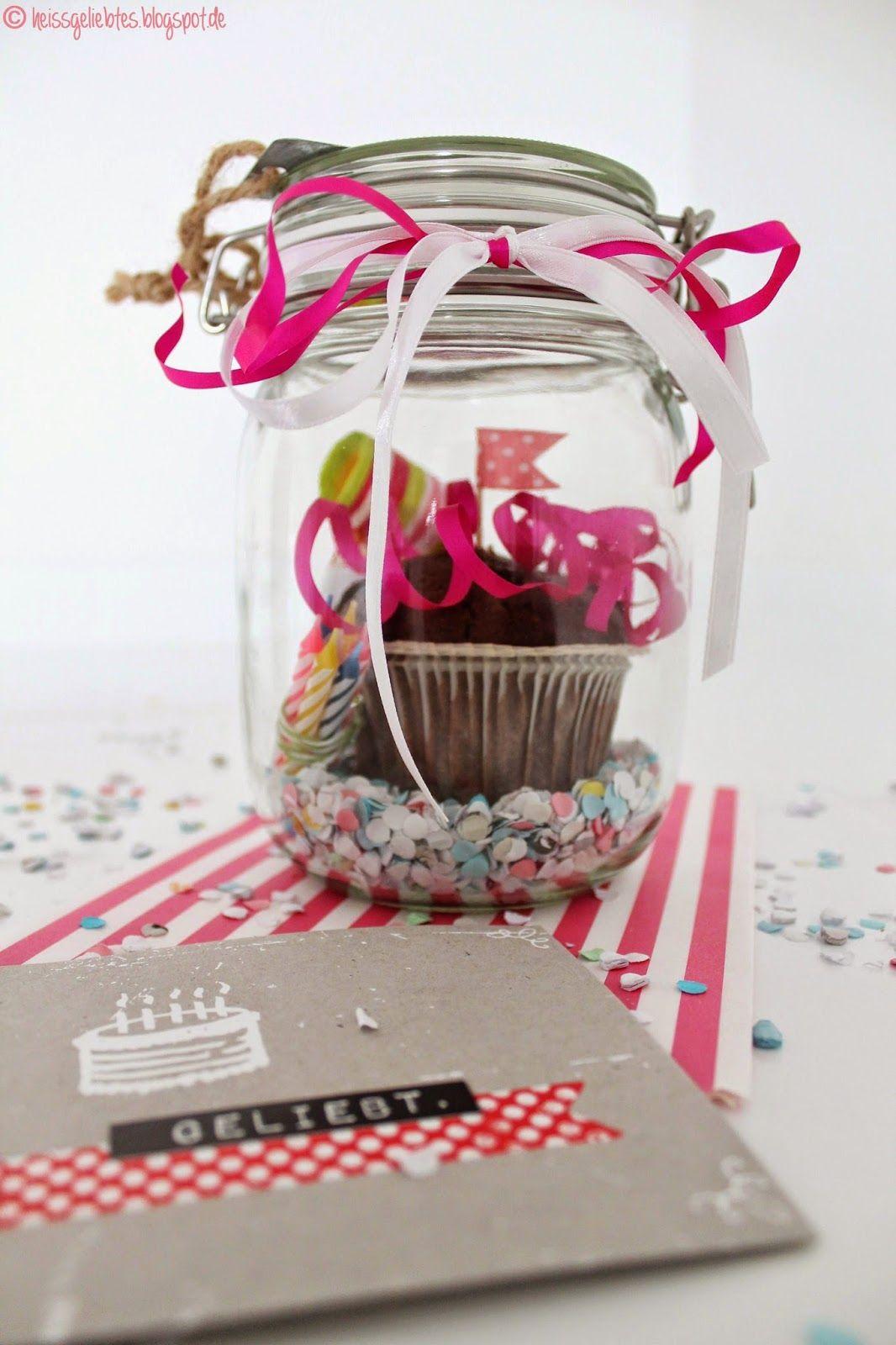 diy birthday in a jar geburtstag im glas muffin gift geschenk konfetti present diy pinterest. Black Bedroom Furniture Sets. Home Design Ideas