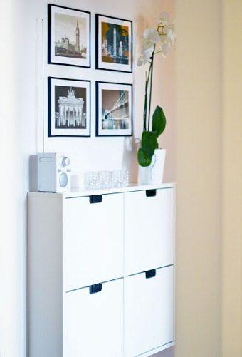 Zapatero sencillo con 4 puertas y colgado mueble for Armario de pared con entrada equipada