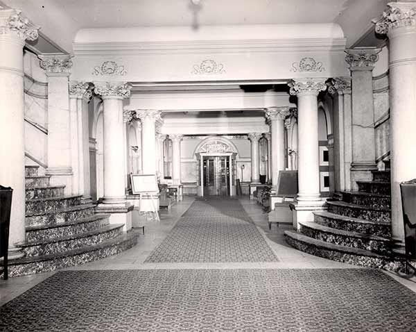 Lobby Of The Divine Lorraine Hotel In Philadelphia Broad St Fairmount Ave